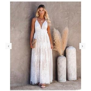 VICI | Bride to Be Lace Maxi